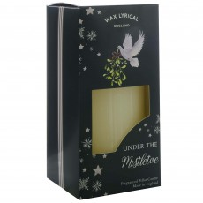 Wax Lyrical Under The Mistletoe 7.5cm x 15cm Pillar Candle