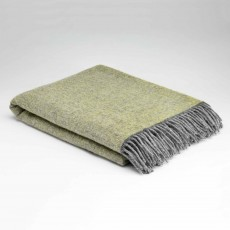 McNutt Home Cosy Lemon Throw 145cm x 200cm Green
