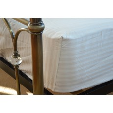 "Belledorm Hotel Stripe Fitted Sheet (15"") White"
