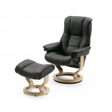 Stressless Mayfair Small Chair With Classic Base + Footstool Noblesse Leather
