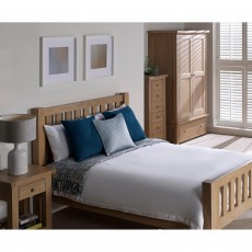Sapphire Oak King Bedstead (Available in Galway & Kilkenny) RRP €849 OUR PRICE €469 SAVE €380