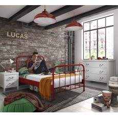 Vipack New York Small Double (120cm) Bedstead Red