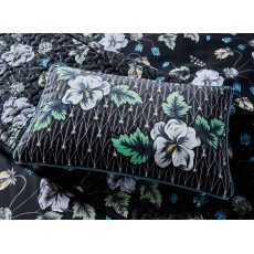 V & A Gardenia Cushion Black