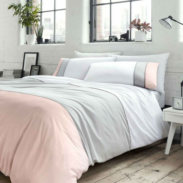 Racing Green Lawson Duvet Cover Set, What Color Goes With Blush Bedding